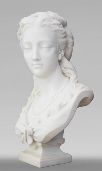 Eugène Antoine AIZELIN (1821-1902) - Woman's bust with necklace, in Carrara marble-1
