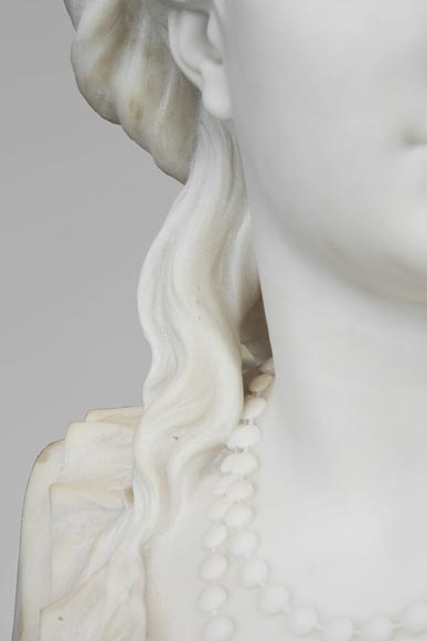 Eugène Antoine AIZELIN (1821-1902) - Woman's bust with necklace, in Carrara marble-5