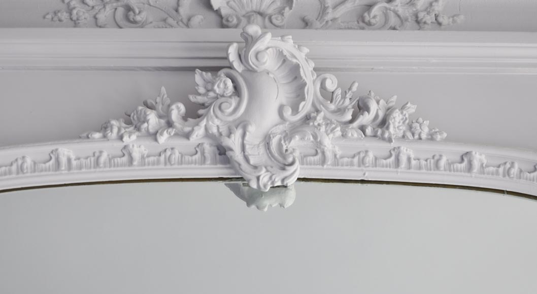 Antique Louis XV style trumeau, with an asymmetrical shell on the pediment-1