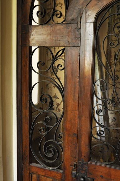 Large mahogany door and wrought iron arabesques-3