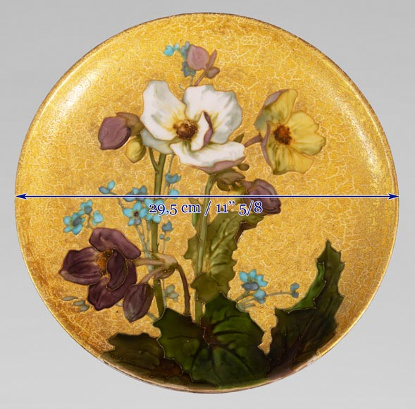 MANUFACTURE DE SÈVRES - Glazed ceramic plate decorated with flowers on a gold background-6