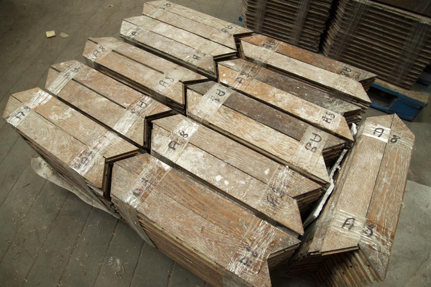 Lot of 11 m2 of Point de Hongrie oak parquet flooring-1
