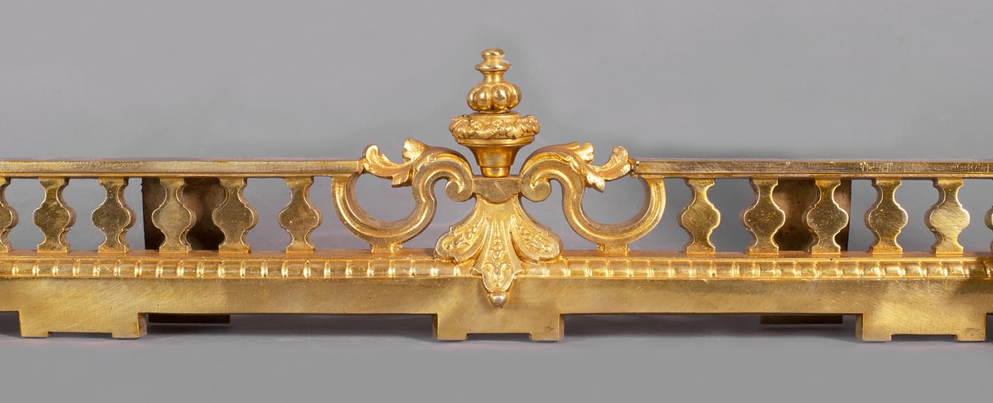 Antique fire fender in the Napoleon III style with griffins-4
