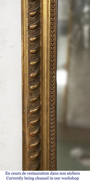 Gilded Louis XV style trumeau decorated with a beautiful shell-4