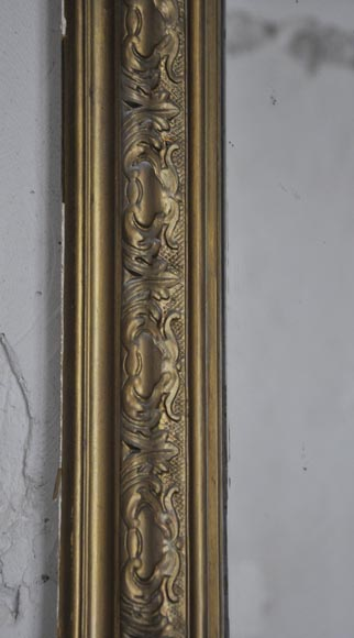 Antique Regence style overmantel pierglass with shell and flowers decor in gilded stucco-3