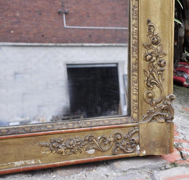Small antique Napoleon III style overmantel mirror in gilded stucco-4