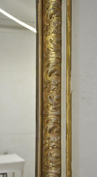 Important antique Louis XV style overmantel pierglass in gilded stucco with leafy shell decor-3