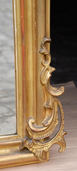 Antique gilded Louis XV style trumeau carved with a beautiful shell-6
