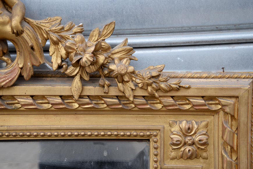 Beautiful antique Napoleon III style trumeau with putti and flowers decor in gilded stucco-4