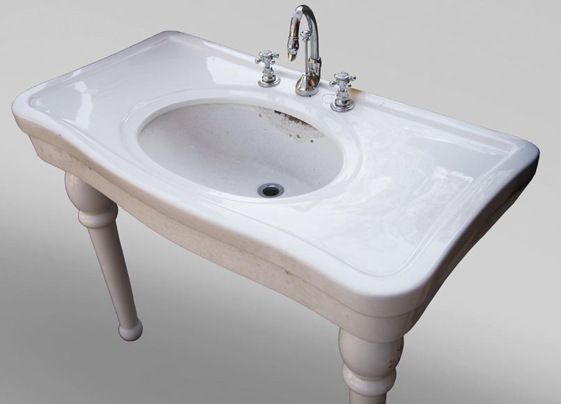Two-footed earthenware washbasin-2