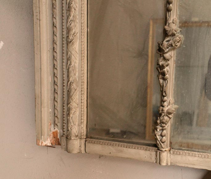 Large Louis XVI style overmantel pierglass in painted stucco with garlands of flowers decor-6