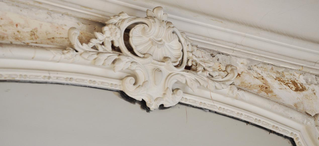 Antique Louis XV style trumeau with a pediment adorned with a shell-2