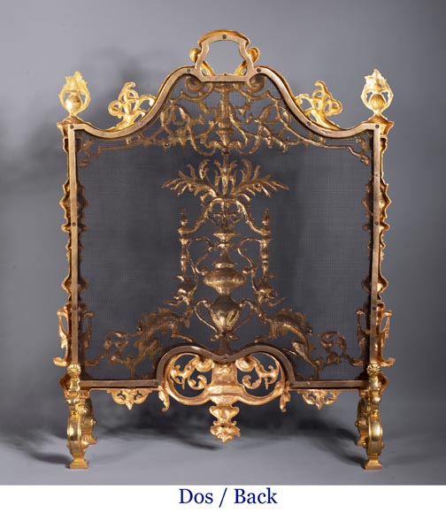 Antique Neo-Renaissance style fire screen in gilt bronze with chimera decoration-9