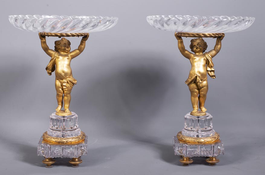 Surtout-de-table with putti in gilt bronze and Baccarat crystal-0