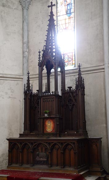 Large church altar and in Neo-Gothic style, made of oak-5
