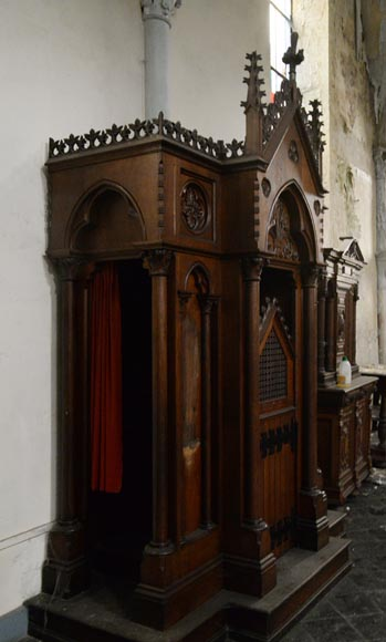 Group of four Neo-Gothic style confessionals in oak-4
