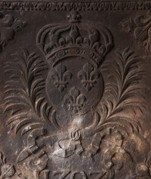 Cast iron fireback from the XIXth century at the Armes de France-1
