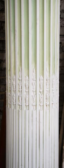 Set of four Ionic columns in painted plaster-5