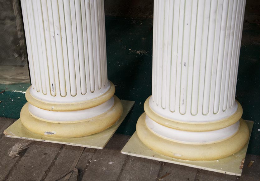 Set of four Ionic columns in painted plaster-7