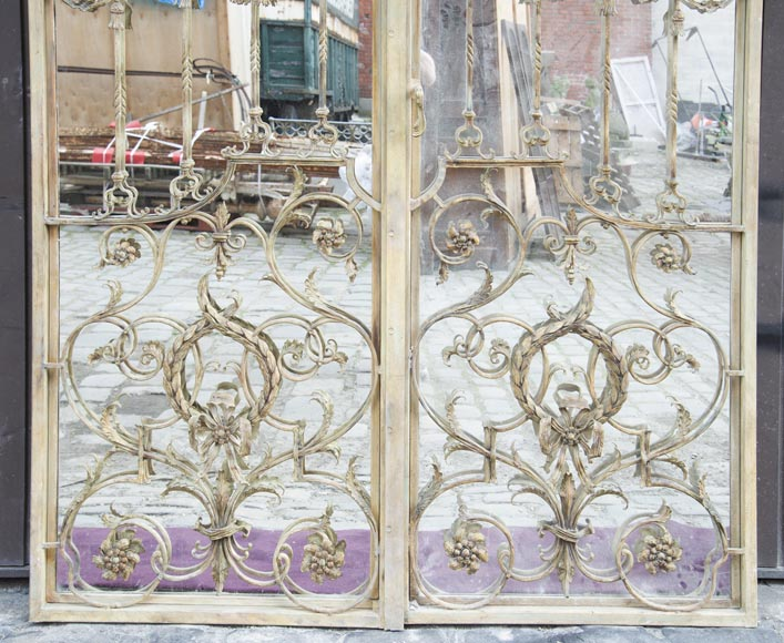 Pair of double-sided wrought iron doors and mirror back-6