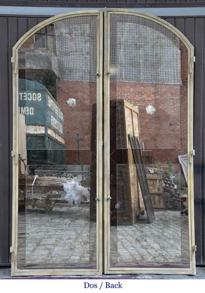 Pair of double-sided wrought iron doors and mirror back-10