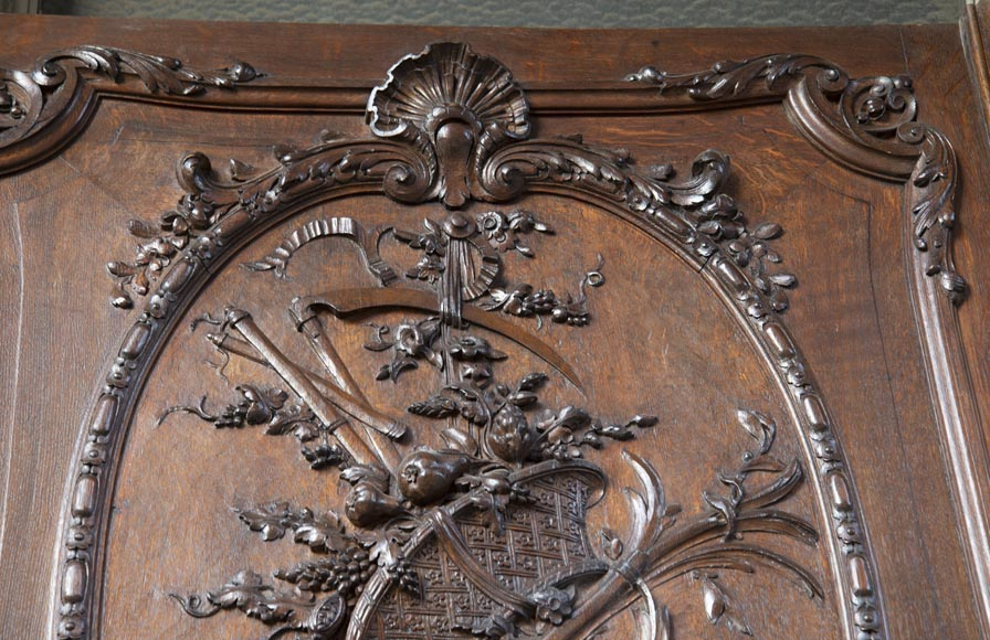 Set of carved oak panelling from the end of the 19th century-2