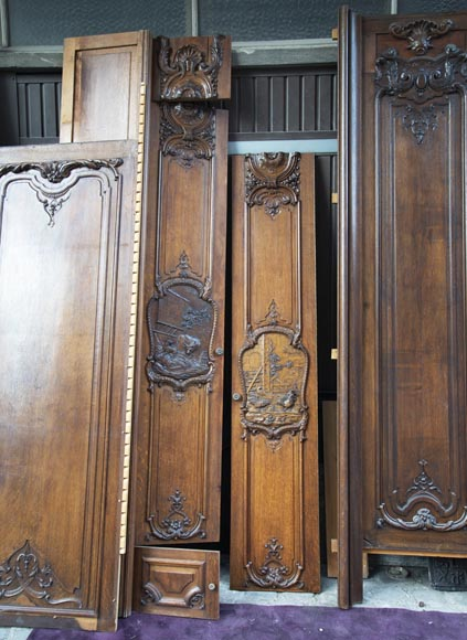 Set of carved oak panelling from the end of the 19th century-9
