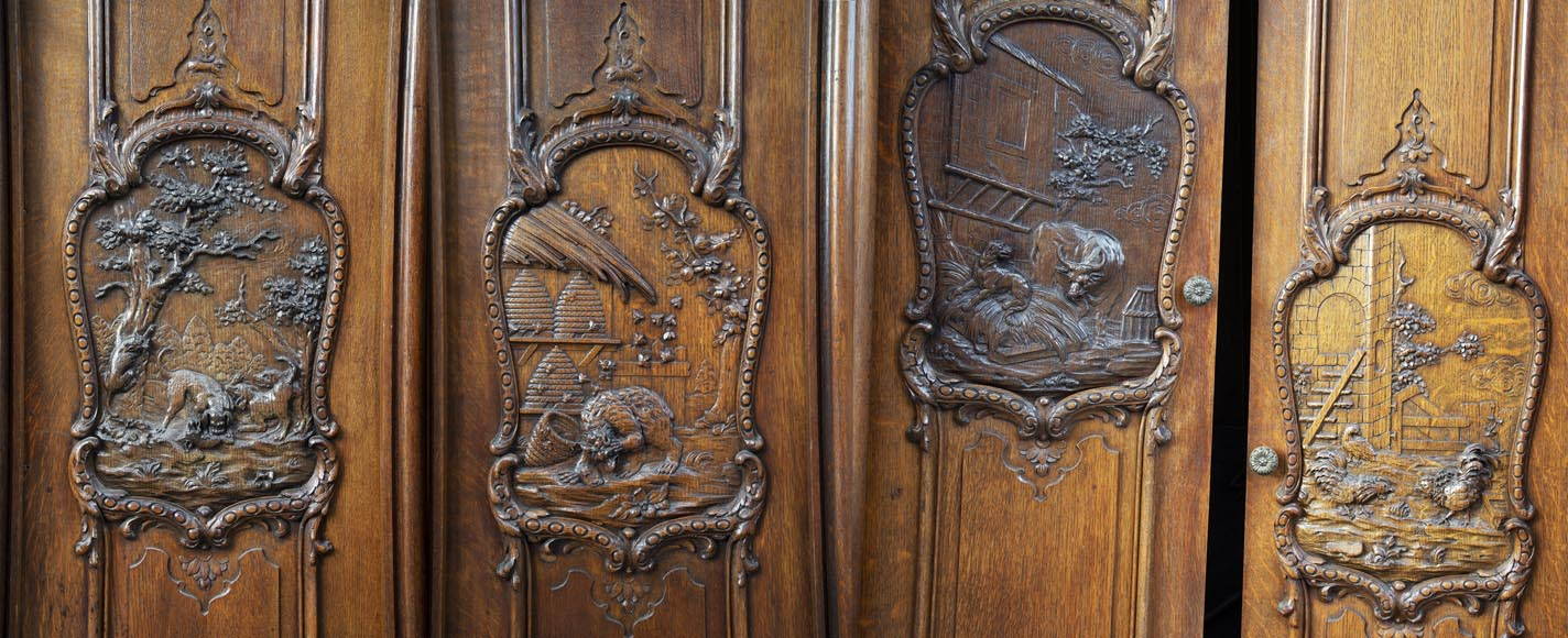Set of carved oak panelling from the end of the 19th century-10