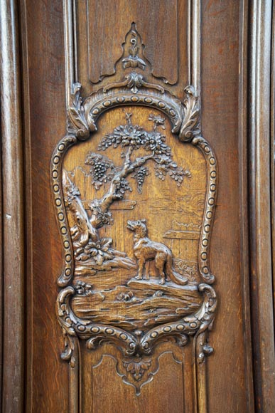 Set of carved oak panelling from the end of the 19th century-12