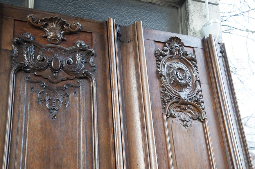 Set of carved oak panelling from the end of the 19th century-13