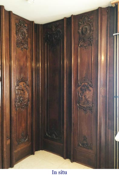Set of carved oak panelling from the end of the 19th century-17