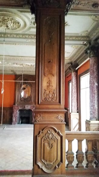 Important carved oak panelling from the 19th century-0