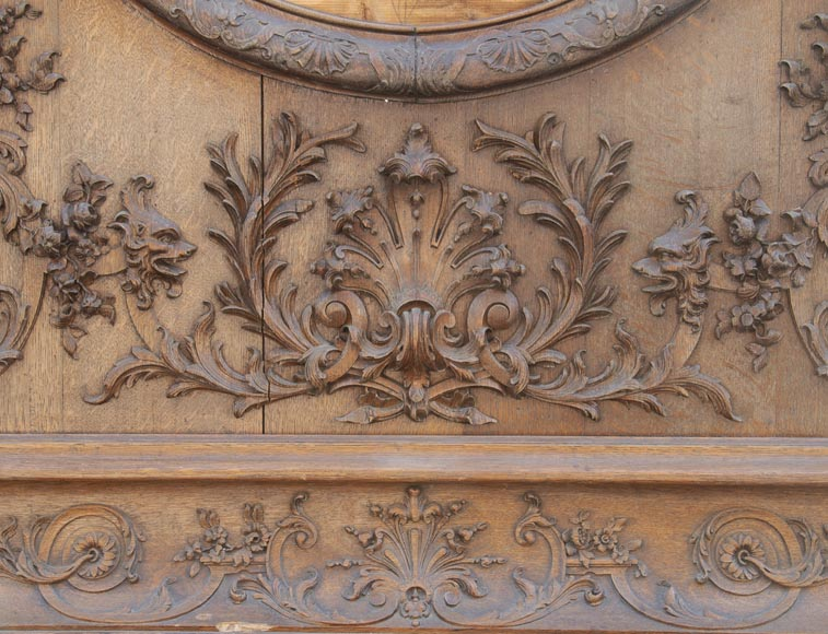 Important carved oak panelling from the 19th century-4