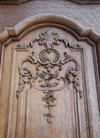 Important carved oak panelling from the 19th century-7