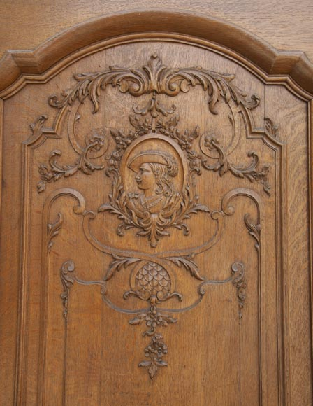 Important carved oak panelling from the 19th century-12