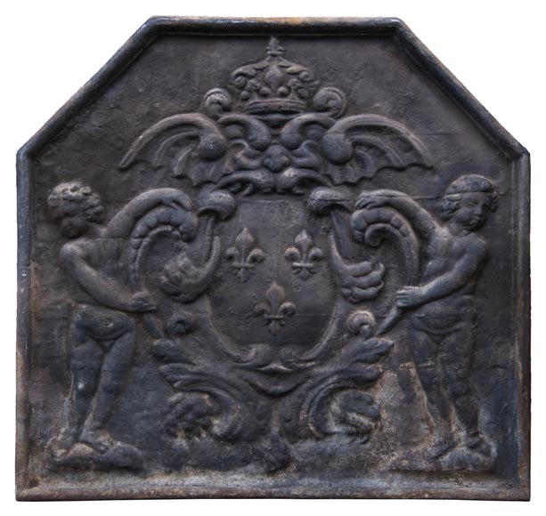 20th century fireback with French coat of arms and putti-0