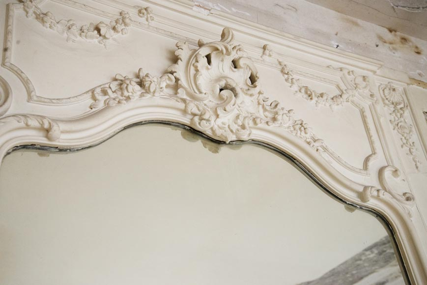 Antique Louis XV style trumeau carved with a beautiful leafy shell-2
