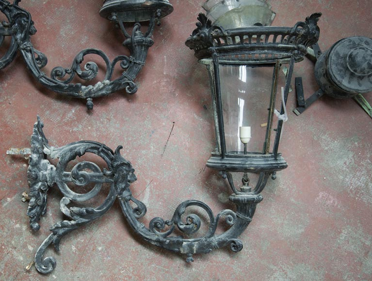 Pair of antique Napoleon III period lanterns with lion head decoration-4