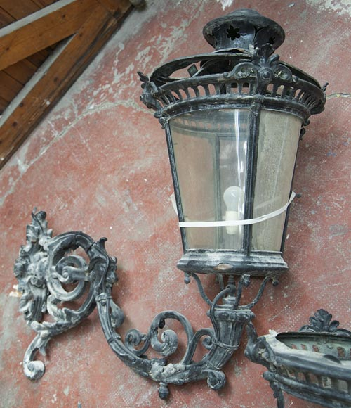 Pair of antique Napoleon III period lanterns with lion head decoration-5