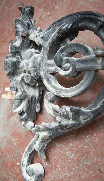 Pair of antique Napoleon III period lanterns with lion head decoration-12