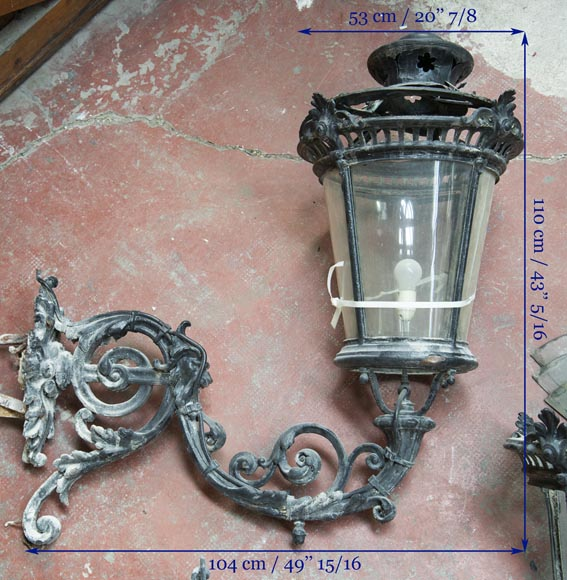 Pair of antique Napoleon III period lanterns with lion head decoration-15