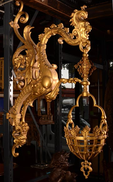 Large Napoleon III lantern with chimeras in gilt bronze-1
