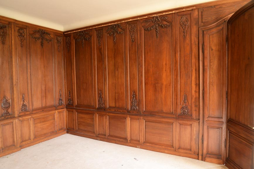 Carved oak woodwork transition style, end of the 19th century-12