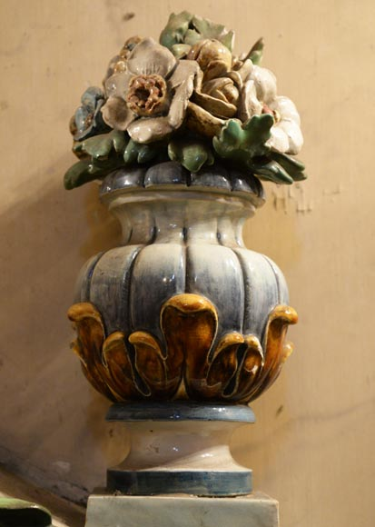 VILLEROY & BOCH -Important polychrome earthenware wall fountain circa 1890-6
