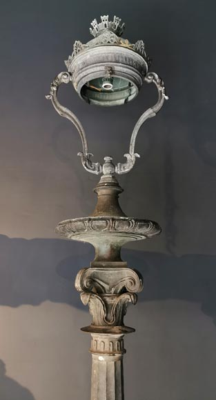 Important pair of bronze candelabra, 1868-2