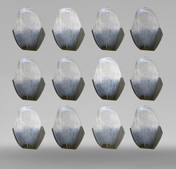 GLASS GLASS HANGES (in the taste of), set of 12 Art Deco inspired sconces in glass and silvered bronze, late twentieth century.-0