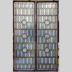 19th century stained glass window with profiles of Bretons