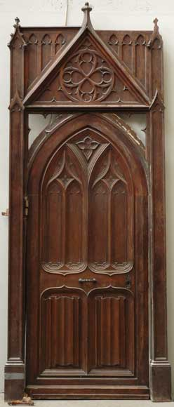 Neo-Gothic oak and walnut door -0