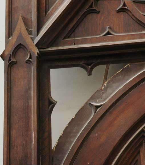 Neo-Gothic oak and walnut door -2