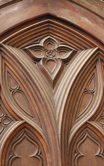 Neo-Gothic oak and walnut door -5